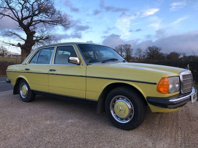 Mercedes-Benz 200 Saloon 200 manual
