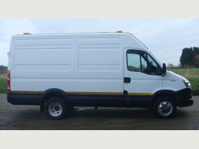 Iveco Daily Panel Van 50C15 TWIN WHEEL VAN DOWNRATED 3.5 TON