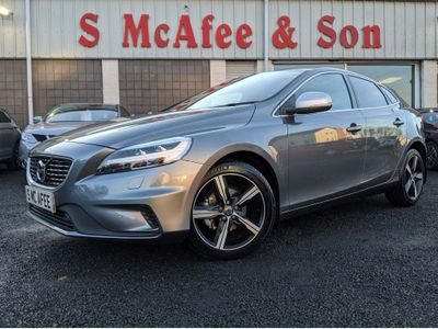 Volvo V40 Hatchback 2.0 D2 R-Design Edition (s/s) 5dr