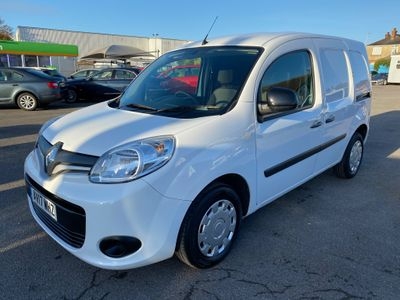Renault Kangoo Panel Van 1.5 dCi ML19 Business+ L2 H1 EU5 5dr