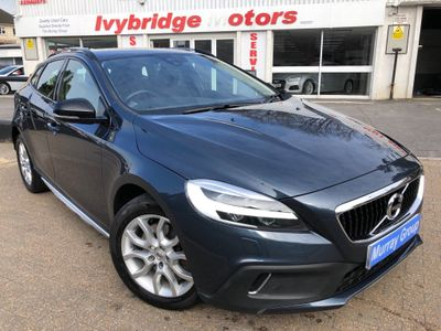 Volvo V40 Cross Country Hatchback 2.0 T3 Pro (s/s) 5dr