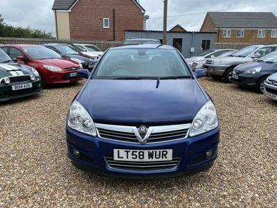 Vauxhall Astra Hatchback 1.9 CDTi Design 5dr