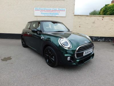 MINI Hatch Hatchback 1.5 Cooper Sport (s/s) 3dr