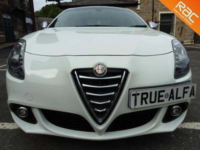 Alfa Romeo Giulietta Hatchback 1.4 TB MultiAir Exclusive (s/s) 5dr