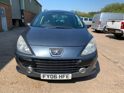 PEUGEOT 307 SW Estate 1.6 16v SE Tiptronic 5dr