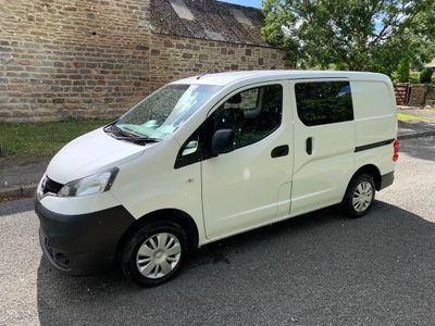 Nissan NV200 Panel Van 1.5 dCi Acenta Crew Van 6dr (5 Seat)