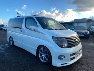 Nissan Elgrand MPV Highway Star BK leather edition 3.5 V6