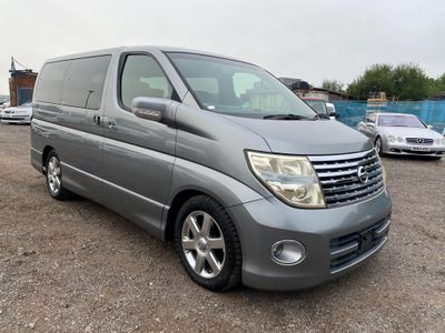 Nissan Elgrand MPV Highway Star