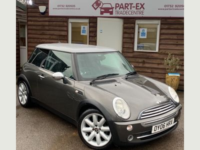 MINI Hatch Hatchback 1.6 Cooper Park Lane 3dr