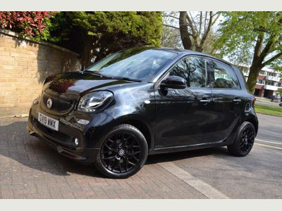 Smart forfour Hatchback 0.9T Urbanshadow Twinamic (s/s) 5dr