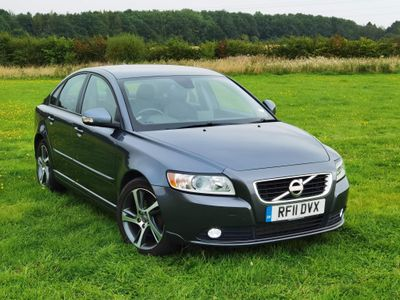 Volvo S40 Saloon 1.6D DRIVe SE Lux Edition 4dr
