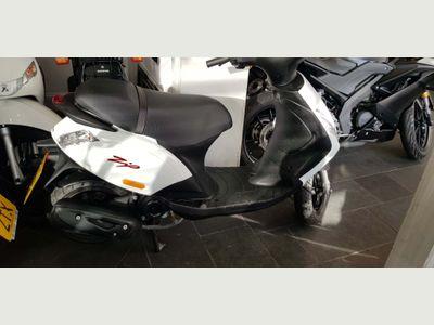 Piaggio Zip Moped 50