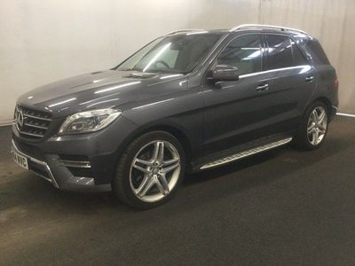 Mercedes-Benz M Class SUV 3.0 ML350 CDI BlueTEC AMG Line (Premium Plus) 7G-Tronic Plus 4MATIC 5dr