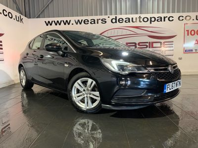 Vauxhall Astra Hatchback 1.6 CDTi BlueInjection Tech Line Nav (s/s) 5dr