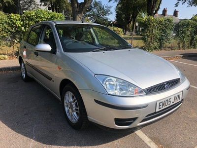 Ford Focus Hatchback 1.6 i 16v LX 5dr