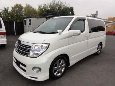 Nissan Elgrand MPV HIGHWAY STAR LEATHER SUNROOFS CURTAINS