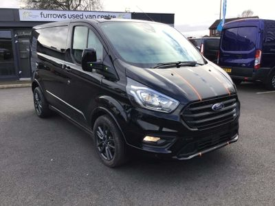 Ford Transit Custom Panel Van SPORT L1 2.0 185 PS