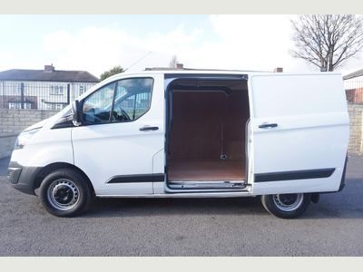 Ford Transit Custom Panel Van 2.0 TDCi 290 L1 H1 5dr