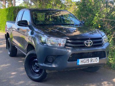 Toyota Hilux Pickup 2.4 D-4D Active Extra Cab Pickup 4WD EU6 4dr (TSS, 3.5t)