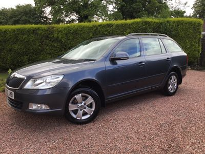 SKODA Octavia Estate 2.0 TDI CR 4x4 5dr