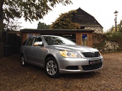 SKODA Octavia Estate 1.6 TDI GreenLine CR DPF GreenLine II 5dr