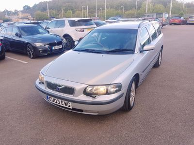 VOLVO V70 Estate 2.4 Sport 5dr