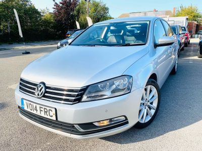 Volkswagen Passat Saloon 2.0 TDI BlueMotion Tech Executive DSG 4dr