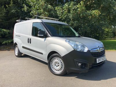 Vauxhall Combo Panel Van 1.3 CDTi 2300 ecoFLEX 16v Panel Van L2 H1 (s/s) 3dr (EU6)