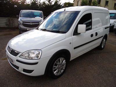 Vauxhall Combo Panel Van 1.3 CDTi 1700 ecoFLEX 16v SE Panel Van 3dr