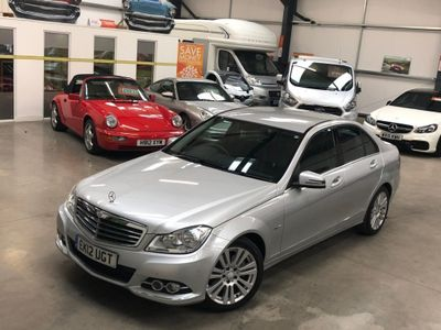 MERCEDES-BENZ C CLASS Saloon 1.8 C180 BlueEFFICIENCY Elegance 7G-Tronic 4dr