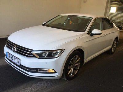 Volkswagen Passat Saloon 2.0 TDI BlueMotion Tech SE Business DSG (s/s) 4dr