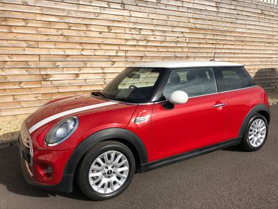 MINI Hatch Hatchback 1.5 Cooper D Auto (s/s) 3dr