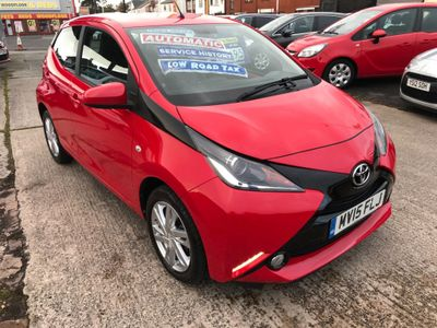 Toyota AYGO Hatchback 1.0 VVT-i x-pression x-shift 5dr EU5