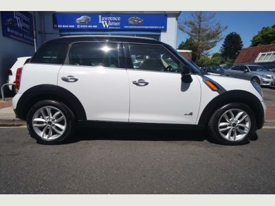 MINI COUNTRYMAN Hatchback 2.0 Cooper D (Chili) ALL4 5dr