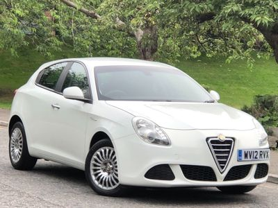 Alfa Romeo Giulietta Hatchback 1.6 JTDM-2 Turismo 5dr