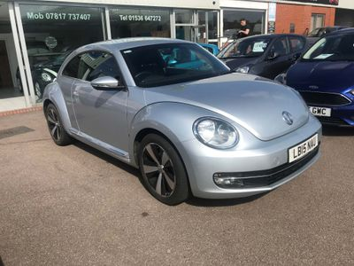 VOLKSWAGEN BEETLE Hatchback 1.6 TDI BlueMotion Tech Design DSG 3dr