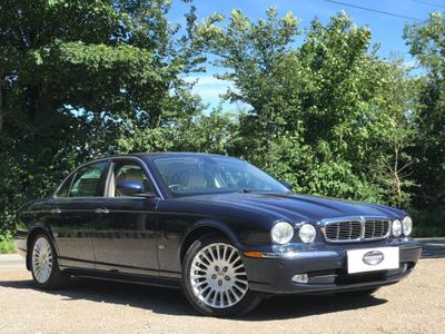 Jaguar XJ Saloon 3.0 XJ6 Sovereign 4dr