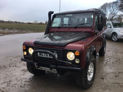 Land Rover Defender 110 SUV 2.5 TDi County