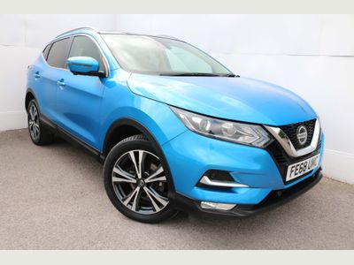 Nissan Qashqai SUV 1.2 DIG-T N-Connecta (s/s) 5dr
