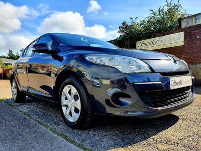 Renault Megane Hatchback 1.6 16V Expression 5dr