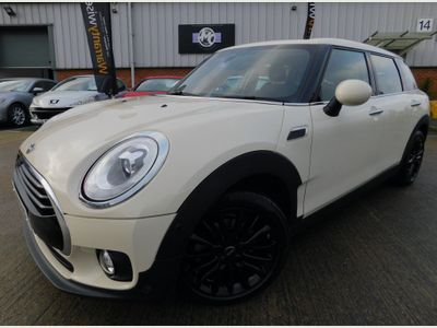 MINI Clubman Estate 1.5 Cooper Steptronic (s/s) 6dr