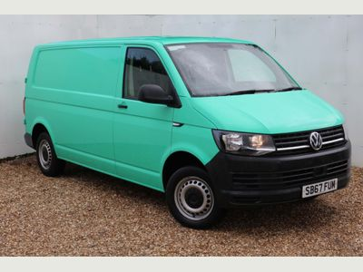 VOLKSWAGEN TRANSPORTER Panel Van 2.0 TDI BlueMotion Tech T28 Startline Panel Van 5dr (EU6, SWB)