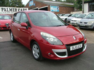 Renault Scenic MPV 1.5 dCi Dynamique 5dr (Tom Tom)
