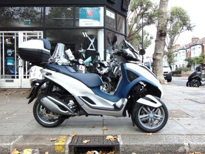 PIAGGIO MP3 Three Wheeler MP3 YOUrban LT 300 IE