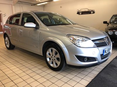 Vauxhall Astra Hatchback 1.4 i 16v Breeze Plus 5dr