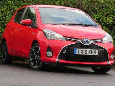 Toyota Yaris Hatchback 1.5 VVT-h Design E-CVT 5dr