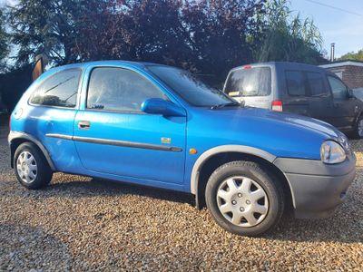Vauxhall Corsa Hatchback 1.2 i 16v Breeze 3dr