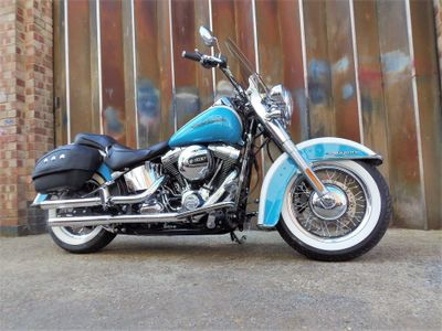 Harley-Davidson Softail Custom Cruiser 1690 FLSTN Softail Deluxe Custom Cruiser