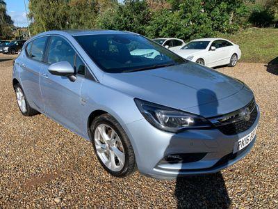 Vauxhall Astra Hatchback 1.6 CDTi BiTurbo SRi Nav (s/s) 5dr