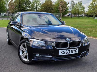 BMW 3 Series Saloon 2.0 320i Sport (s/s) 4dr
